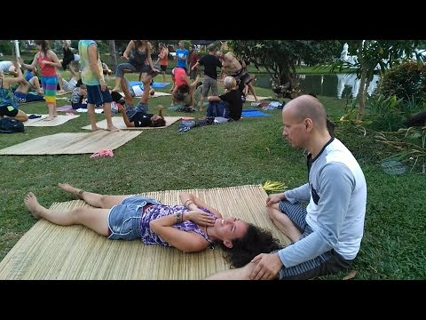 Acro Yoga massage