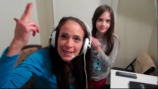 MOM PLAYS FIVE NIGHTS AT FREDDY
