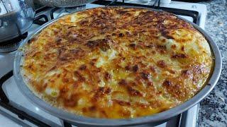 Bugün ki menüde patatesli muhlama ve Kezban yengem den tatlı ikramı  iyi seyirler dileriz