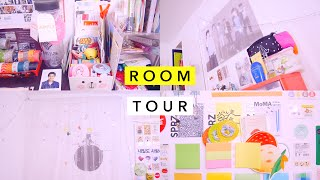 Room Tour「 May 2016 」。 ◕ ◡ ◕ 。(ᴏᴘᴇɴ ᴍᴇ! ---------- ♡♡♡ Finally here is my room tour video! I kept putting it off because I wanted to make sure that my room was in its best condition..., 2016-05-18T15:24:32.000Z)