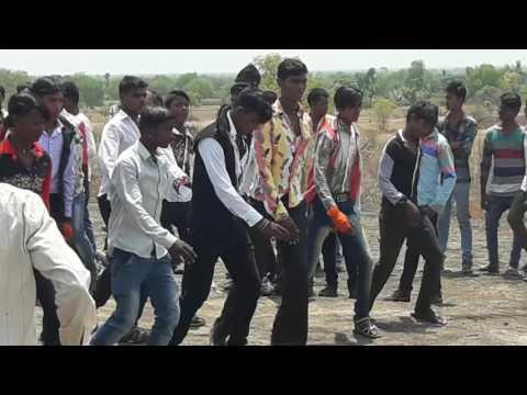 Bhilau song
