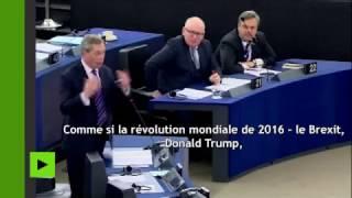 «J'ai l'impression d'assister à la réunion d'une secte» : Farage incenle parlement sur le CETA