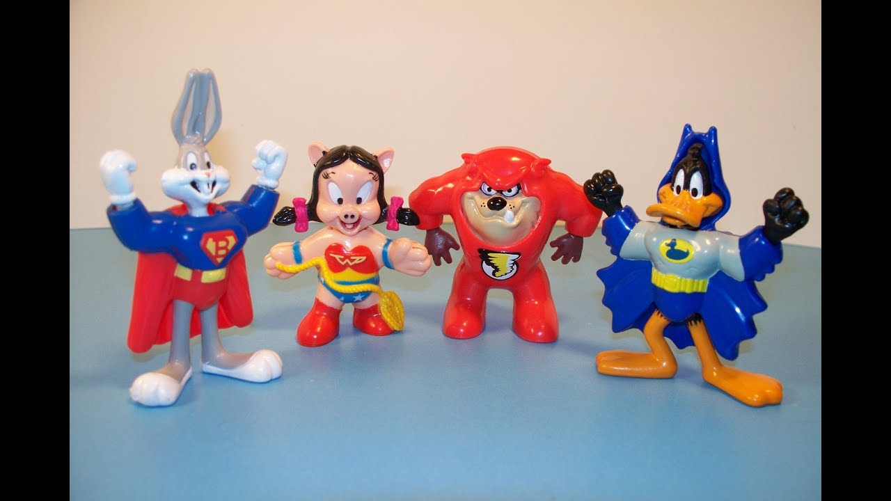 1992 McDONALD S LOONEY TOONS DC SUPER FRIENDS SET OF 4 HAPPY MEAL