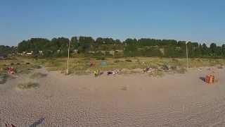 Полеты над пляжем в Янтарном, Калининградской области(Это, наверное, самый лучший морской пляж, на котором нам удалось побывать. Пляж в поселке Янтарном Калинингр..., 2015-07-16T18:03:47.000Z)
