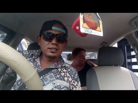 Driver taxi bali is funny vs aussy people