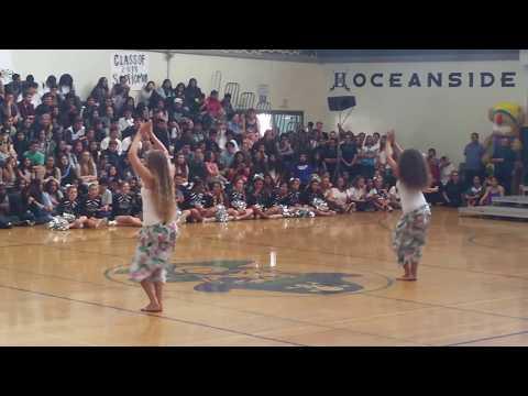 Oceanside High School 2017, student Samoan dancing