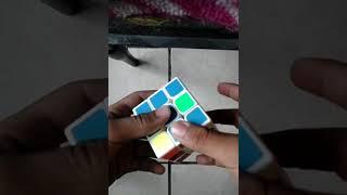Como armar el cubo rubik 3x3. (2/3)