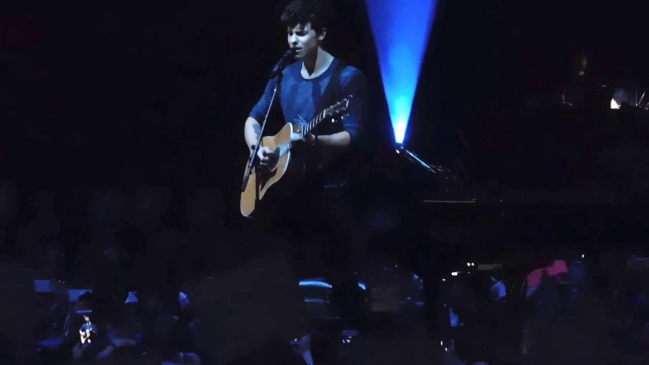 Shawn mendes three empty words live at madison square garden youtube for Shawn mendes live at madison square garden