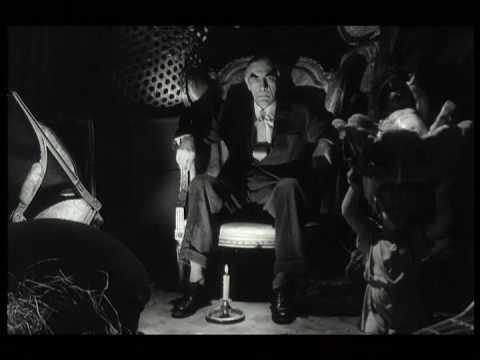 Ein Toter Spielt Klavier