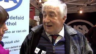 Llew Davies o'r Gymdeithas Ddefaid Genedlaethol   Llew Davies NSA