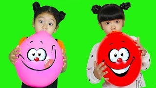 Hana and Mona Learn Colors with Balloons