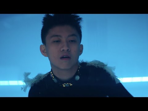Rich Brian - Cold (Official Music Video)