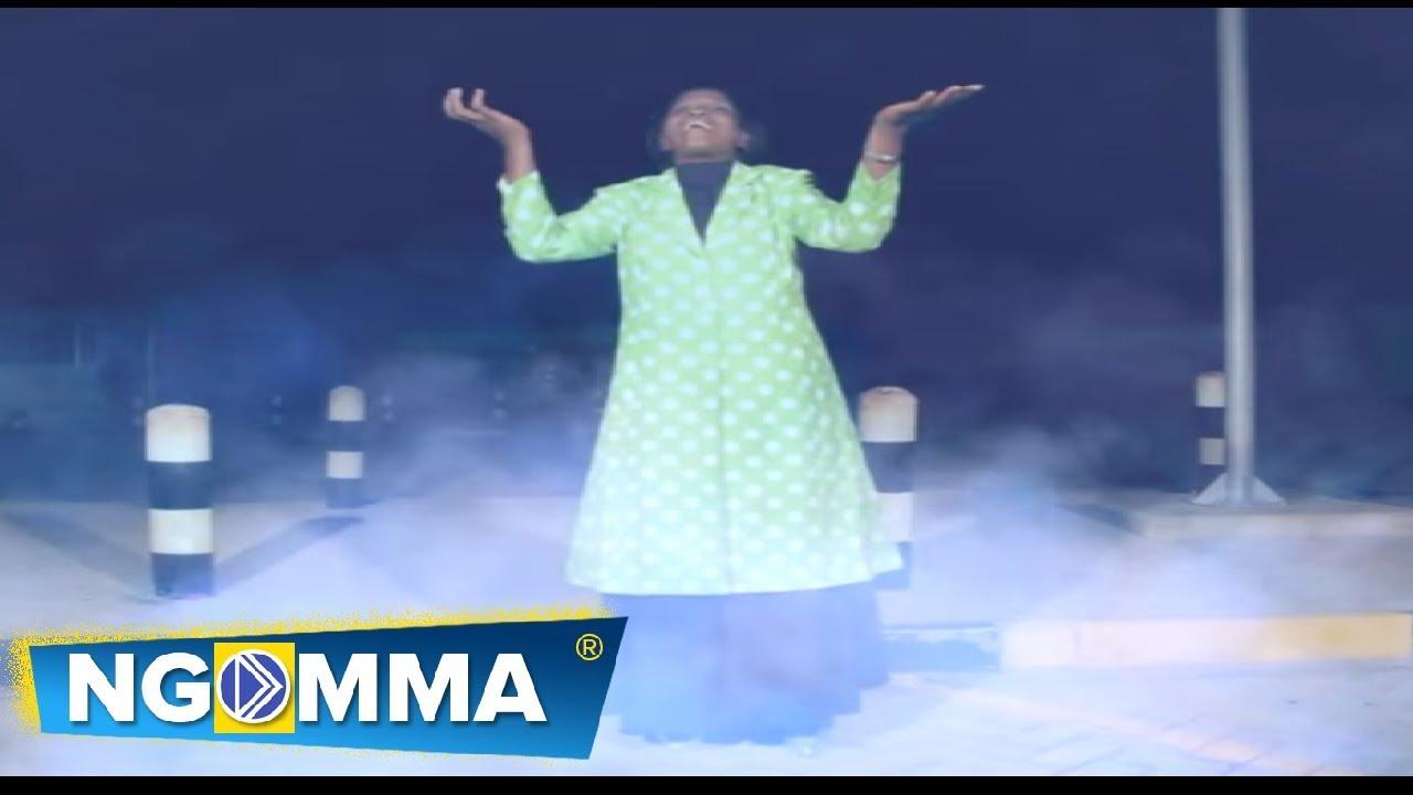 Download Lavender Obuya - Mae Yesu Na (Official Video)