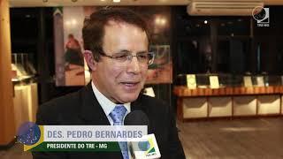 """Reportagem produzida para o site do TRE-MG sobre a entrega da Medalha de Mérito Eleitoral """"Desembargador Vaz de Mello"""" e a inauguração do Centro de ..."""