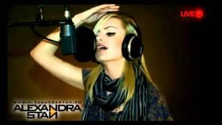 Alexandra Stan - Rihanna - Take a bow [LIVE]