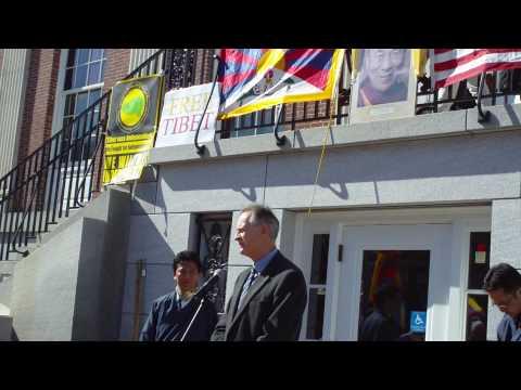 Burlington Mayor Bob Kiss at Tibetan National Uprising Day