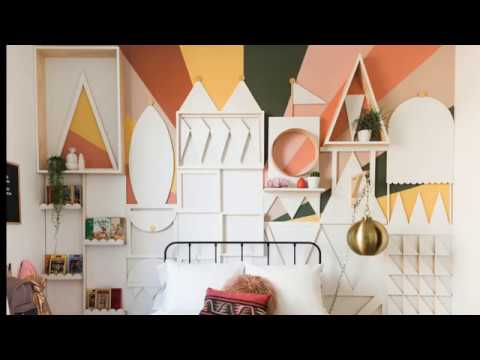 DIY Small World Wall Time-Lapse - YouTube