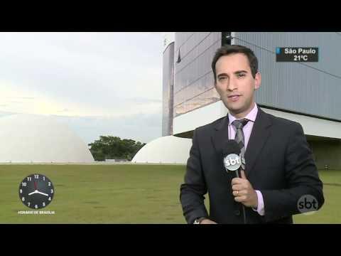 Gilmar Mendes defende anistia ao caixa 2 e critica vazamento de depoimento - SBT Brasil (24/03/17)