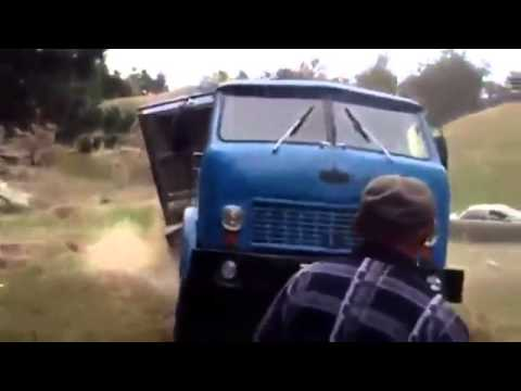 БУ тягач МАЗ сбросил свой прицеп, грузовые автомобили