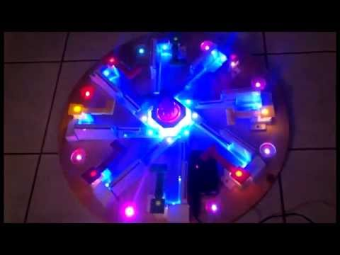 Looping Louie 8 Spieler mit LED Beleuchtung - YouTube