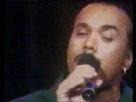 Howard Hewett- This Love Is Forever  (LIVE)