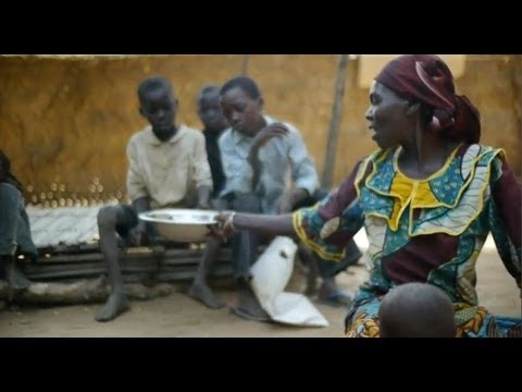 Cash transfers help feed vulnerable families in Niger