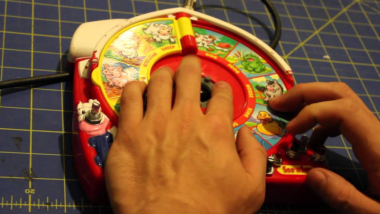 Circuit Bent Farmer Says Circuitbending Circuitbent Noise Toys By Cementimental