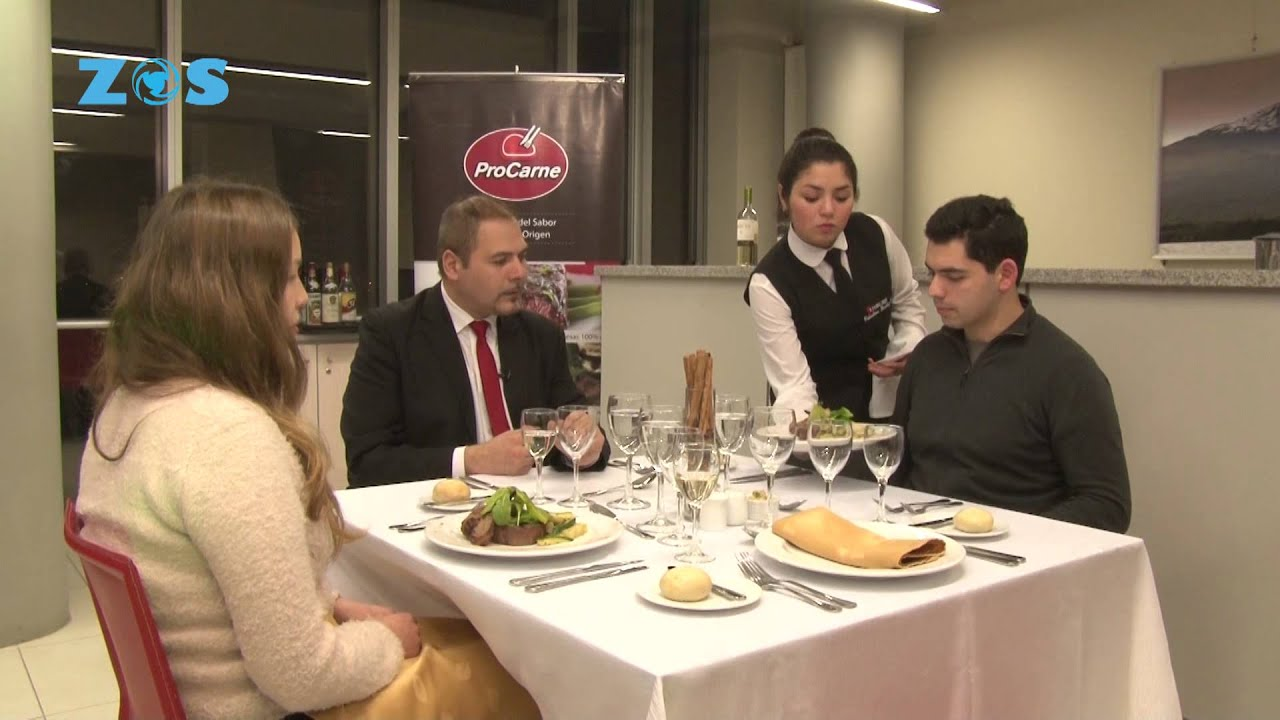 Tester protocolo mesa y gastronomia zos futuro del - Como se sirve en la mesa ...