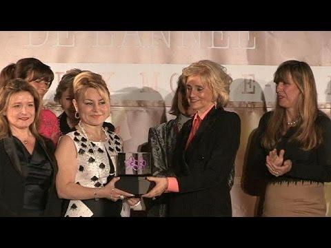 Demet Sabancı Çetindoğan'a 'Yılın Kadını Ödülü'