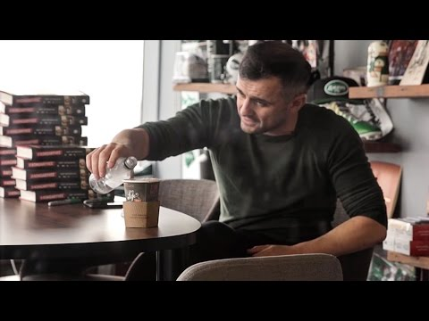 HOW MUCH CAN YOU DRINK? | DailyVee 212