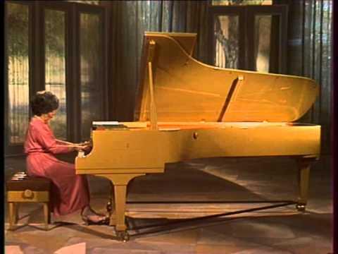 Слушать онлайн А.Н. Скрябин (Эмиль Гилельс - рояль) - Соната для фортепиано №4 Фа-диез-мажор Prestissimo volando