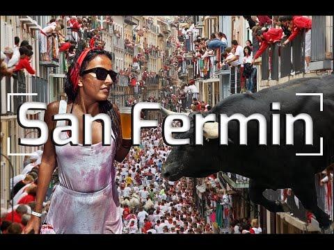 RUNNING OF THE BULLS PAMPLONA SPAIN