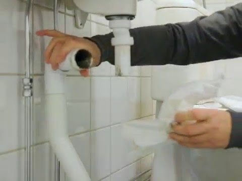rensa vattenlås