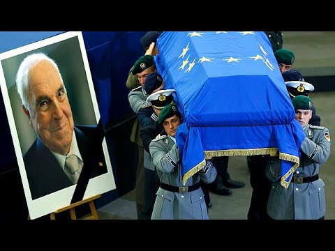 Tributes paid to 'true European' Helmut Kohl