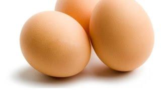Как варить яйца что бы не треснули. Полезные советы лайфхаки на кухне от Эда