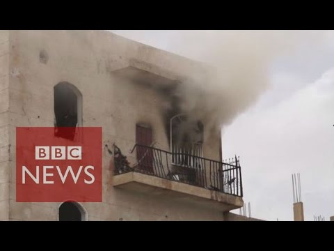 Yemen Crisis: Inside Sanaa as fighting continues - BBC News