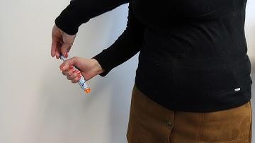 Adrenaliini-injektorin käyttö