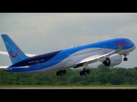 TUI 787-9 G-TUIK Breathtaking Takeoff from Manchester Airport!
