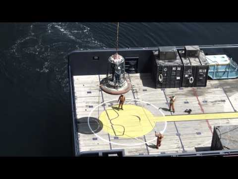 Safe Transfer - The safe personnel transfer basket from West-Marine