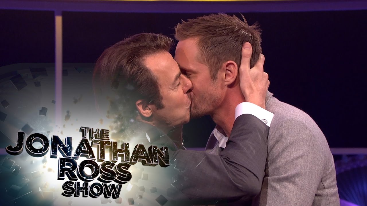 Russell brand kissing guy all clear