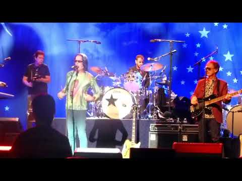 Ringo Starr & The All Starr Band   Bang the Drum All Day
