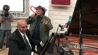 Bari, il duetto tra Al Bano e il rettore dell'Università è da applausi