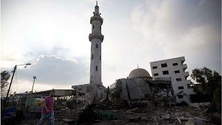 İsrail Gazze'de camileri vurdu - BBC TÜRKÇE
