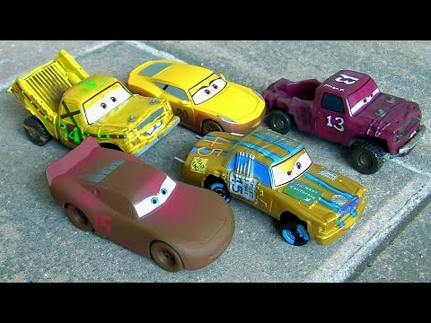 Disney pixar cars 3 deluxe diesast set crazy 8 race at thunder hollow 5 pack cars 3 by toys club - Coloriage cars 3 thunder hollow ...