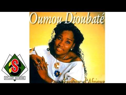 Oumou Dioubaté - Femmes D'Afrique (audio)