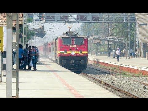 MEGA OFFLINK BZA WAP4 with Stunning LHB Swaraj Express Rattles Past Bhilad : INDIAN RAILWAYS