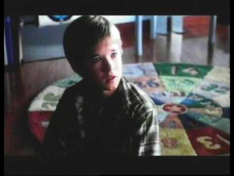HALEY JOEL OSMENT in A.I. Artificial Intelligence