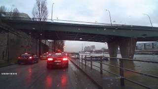 Пыхчу на работу не спеша, по набережной реки Сены в Париже! На крутом звере по имени Рено Кенго!
