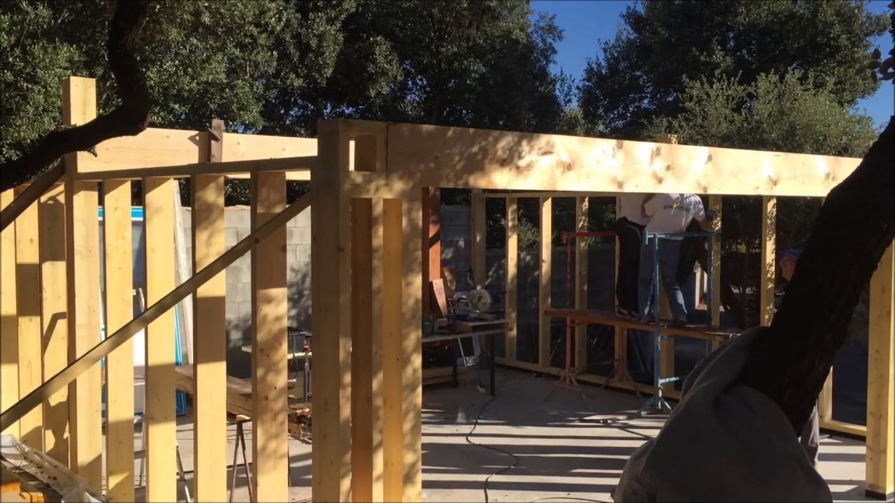 construire un garage en ossature bois youtube With faire un garage en bois