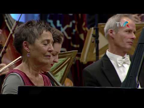 Maria Joao Pires  Beethoven, Chopin & talk about piano competitions